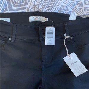 Brand new never work, Torrid Jegging Capri shorts